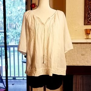 En Creme Embroidered Tunic